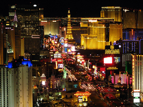 Las Vegas Luxury Hotels in The Skyline