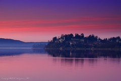 (Fabio Montalto) Tags: italy lake dawn nikond200 colorefexpro colorphotoaward platinumheartaward absolutelystunningscapes nikon1685 capturenx2 wagman30 flickrclassique platinumpeaceaward mygearandmepremium