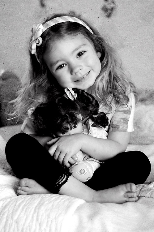 girl_and_doll_bw