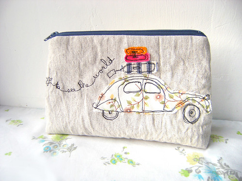 2CV 'off to see the world' pouch