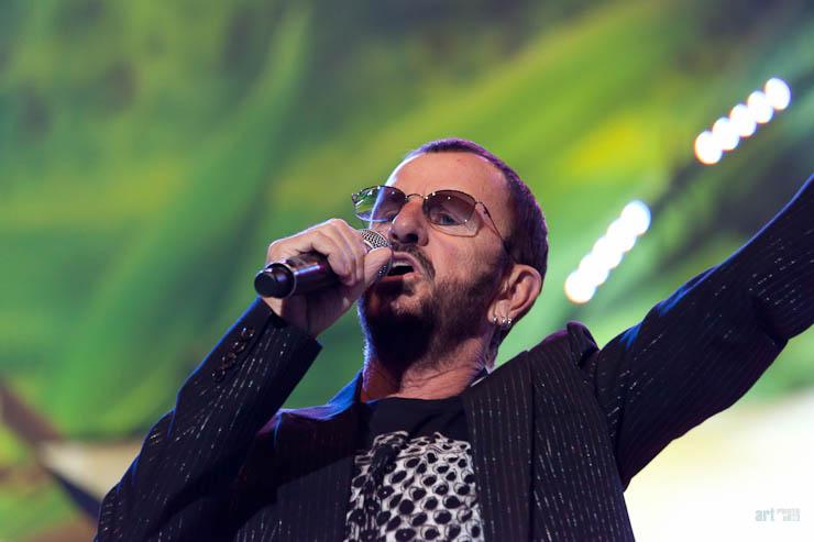 Ringo Starr Concert in Riga 2011-6.jpg