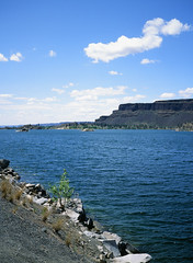 Banks Lake and Steamboat Rock (deanfuller2) Tags: film electriccity washington unitedstates us velvia50 banks lake steamboatrock ga645pro fujifilm analog landscape