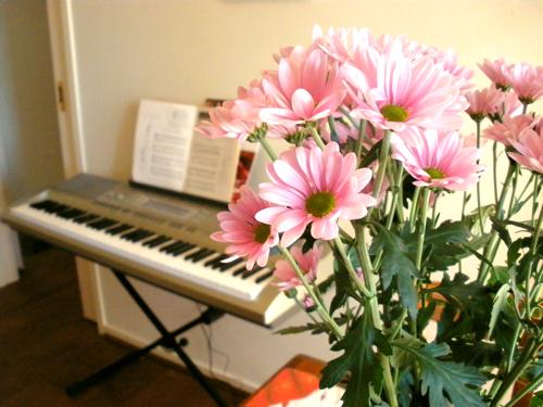 20092010 Purple Bday Flowers & Finkleton sml