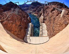 Hoover Dam Panorama (Dave Toussaint (www.photographersnature.com)) Tags: travel panorama usa nature water canon landscape photo day exploring nevada panoramic clear hooverdam lakemead coloradoriver 2009 bypass hydroelectric bouldercity hwy93 highway93 autopanopro 40d photographersnaturecom davetoussaint