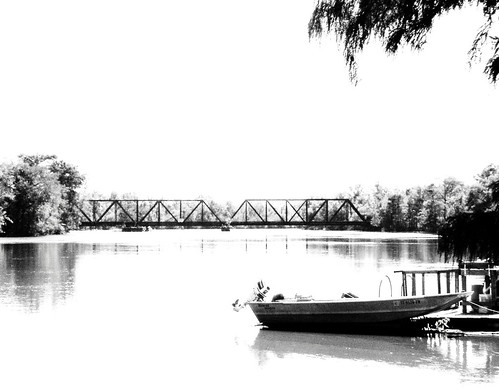 Echo Railroad Bridge over Sabine River, north of I-10, Orange, Texas 1031091315BW