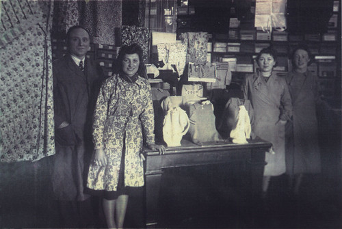 Economic Stores, 6 George St, 1940