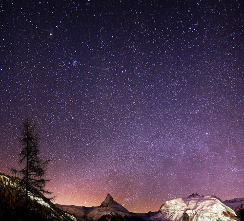 Coucher d'Orion sur le Cervin (Arafinw) mountain night nightshot zermatt matterhorn cervin earthandspace swissmountain Astrometrydotnet:status=failed bestnewcomer astro:name=orion competition:astrophoto=2010 astro:name=theplanetmars astro:name=thestarbetelgeuse Astrometrydotnet:id=alpha20100605367320 astro:gmt=20100116025646
