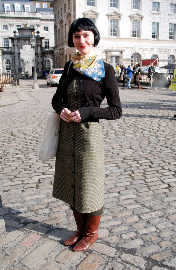 vintage_scarf2_lfw_covent_garden