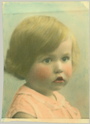 Child hand-tinted