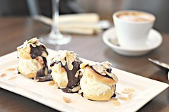 Profiteroles with vanilla ice-cream and chocolate sauce, The White Rabbit, Dempsey