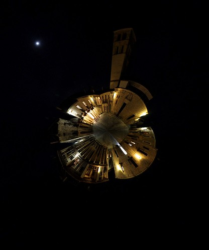 Planeta Plaza Mayor nocturno