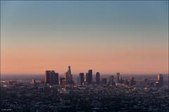 Sunrise over down town Los Angeles (Lucas Janin | www.lucasjanin.com) Tags: california city blue light red sky orange usa color building sunrise iso200 losangeles nikon downtown view outdoor lumire explore ciel f80 nikkor 125mm ville lightroom griffithparkobservatory nikond700 lucasjanin sec afsvrnikkor70200mmf28gifed