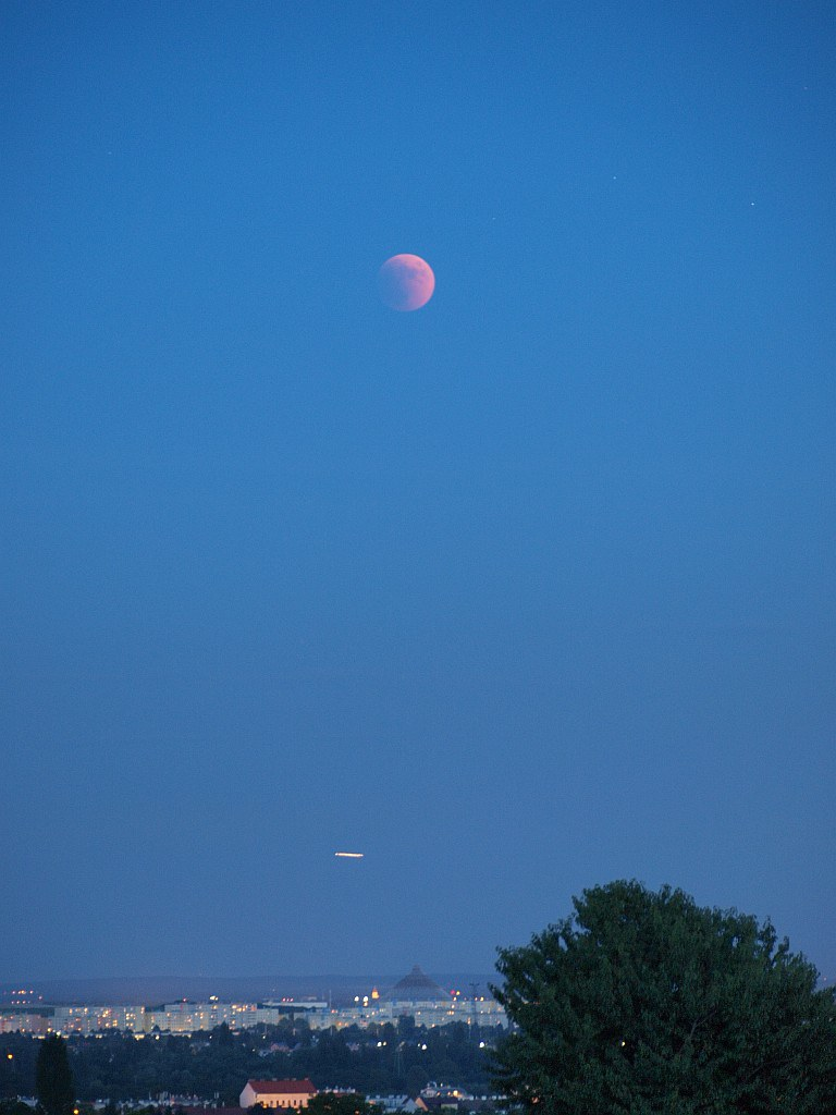 Mondfinsternis, 15.Jun.2011, 21:47 MESZ