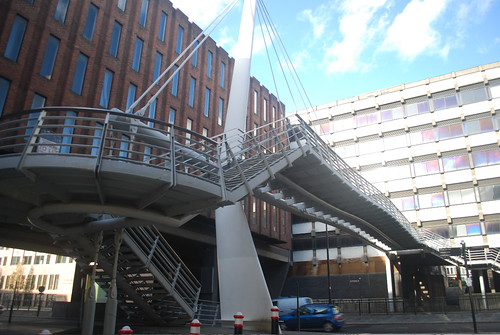 City of London Bridges/ walkways essay nov09