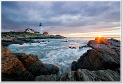 Headlight Sunrise (moe chen) Tags: ocean lighthouse clouds sunrise portland dawn rocks elizabeth williams fort maine sigma moe cape headlight 1020mm chen moe76