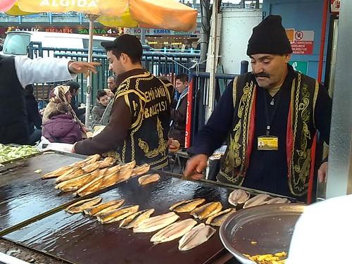 Selling balık ekmek
