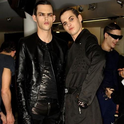 Tom Nicon3119_FW10_Milan_Versace BS(hint mag)