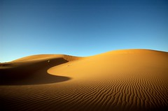 (t3mujin) Tags: travel blue light shadow texture yellow sunrise landscape sand desert d70 morocco maroc ergchebbi