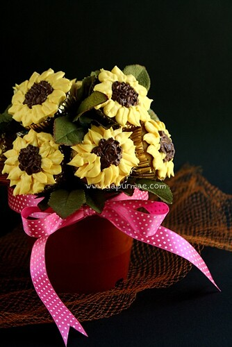 Sun Flower Cupcake Bouquet