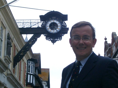 Martin Tod by the old Winchester Guildhall clock
