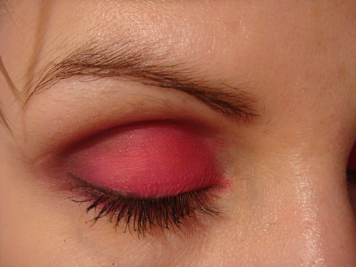 Pink simple eyeshadow design. Eyeshadow: Pink #75 {closed},