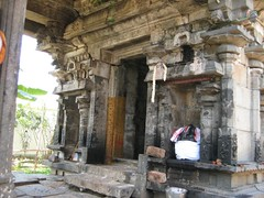 Entrance to the Mahalakshmi shrine (by Raju's Temple Visits)