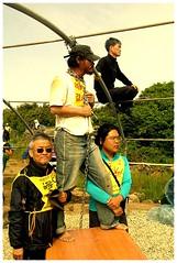 和平運動人士在場阻止軍港建設(照片提供:Park, JungJoo, The Frontiers)