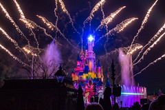 Disney Dreams, Disneyland Paris (20170214_7) (Graham Dash) Tags: disneydreams disneylandparis france paris sleepingbeautycastle themeparks castles fireworks