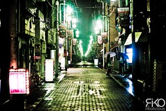 One night in Tokyo's street (Rikolicious) Tags: street light people japan night dark tokyo colorful lumire sombre  roppongi rue nuit japon color 5photosaday omot paololivornosfriends