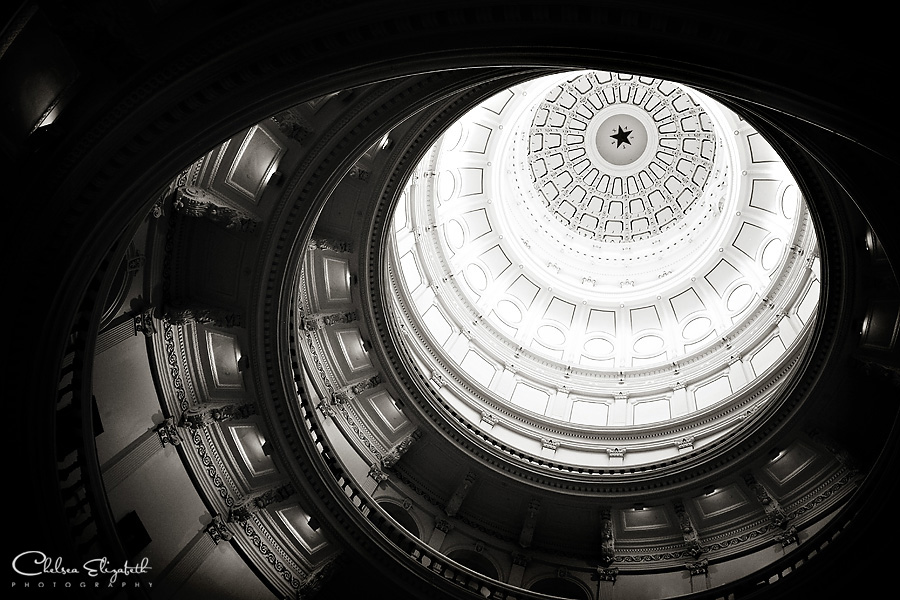 Austin Texas Capitol Building dome picture