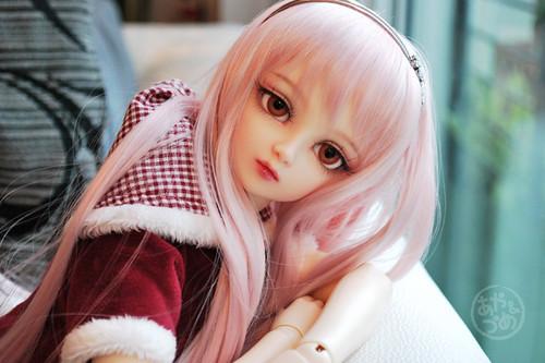 4091802495 92ea759e7a - cute dolls....