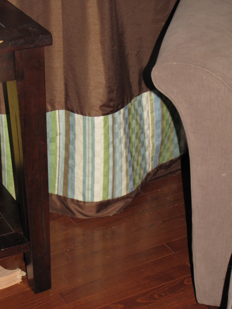 DIY: Quick and Easy Curtain Upgrade momspark.net