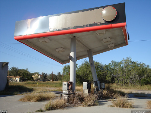 Abandoned Gas Station 05