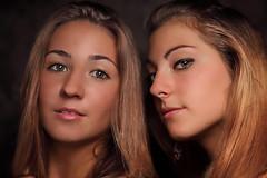 Chiara e Valentina (il goldcat) Tags: girls friends two portrait cute girl portraits canon hair nice eyes couple fine handsome blond chiara ritratti ritratto handsom coppia valentina amiche ragazze wonderfull goldcat canoniani