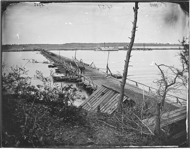 Pontoon bridge across James River by The US National Archives