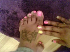 56633019 (chilltown1) Tags: feet toes ebony