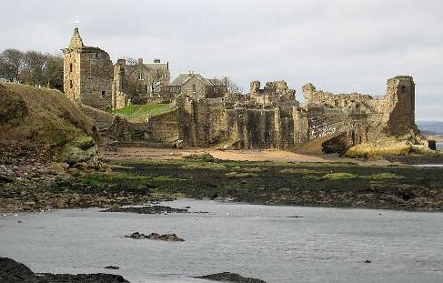 St Andrews Castle Tides out,  This is Scotland - flckr - sarniebill1