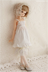 White angel (MiriamBJDolls) Tags: hat doll matilda bjd sarang limitededition msd bluefairy whiteangel tinyfairy arcadiadolls