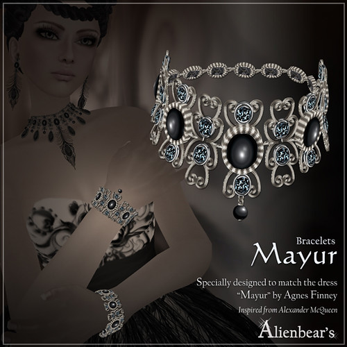 Mayur bracelets black