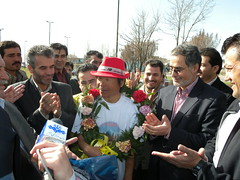 Iranian's Passionate Welcome ! / 2010:03:09 10:12:06 Photo