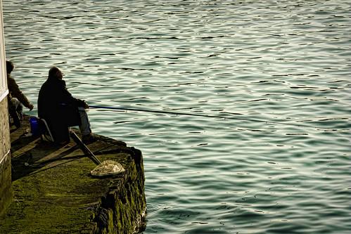 Pescando en el Abra de Bilbao