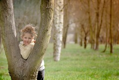 (zuzana_nz) Tags: tree spring child impuls tamron90mm firstshotwithmynewlens virtueofthecamera