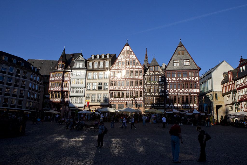 Römerberg Plaza - Roemer Square