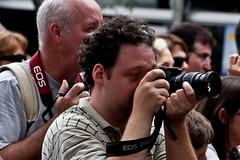 """Fotografos em ação (Roberto Ripoli) Tags: amigos brasil de pessoas fest brooklin chopp saída prazer alemã """"roberto popular"""" paulo"""" """"festa rua"""" 2009"""" """"sãopaulo"""" """"são ripoli"""" fotográficas"""" """"robertoripoli"""" """"festaderua"""" """"brooklinfest2009"""" """"brooklinfest"""" """"festapopular"""" """"saídasfotográficas"""" """"brooklin """"saídas"""