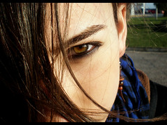 Her eyes (Synemu) Tags: girl beautiful face look eyes chica retrato portait cara ella her ojos hermoso mirada sus