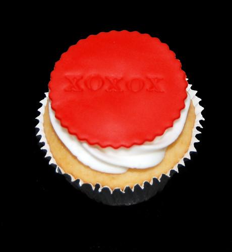XOXOX Anniversary Cupcake