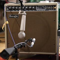 Lauten mics on Mesa Boogie cabinet