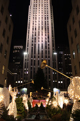 Rockefeller Center at night - 11/21/09 (mikelynaugh) Tags: nyc newyork manhattan rockefellercenter midtown rockefeller lynaugh mikelynaugh