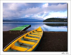 Lake Yamanaka (Annie ( 00 )) Tags: japan lumix san fuji mt panasonic mount annie twop naka gf1 explored  annienaka dmcgf1