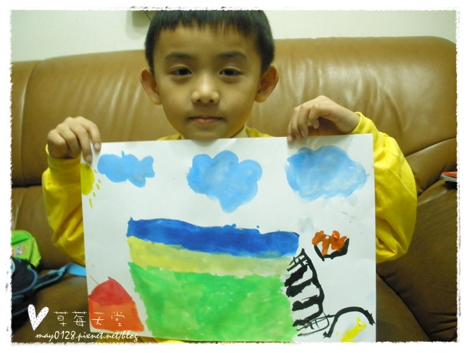 20091113_14在家畫畫.JPG